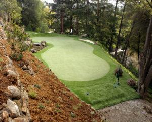 Golf-on-hillside